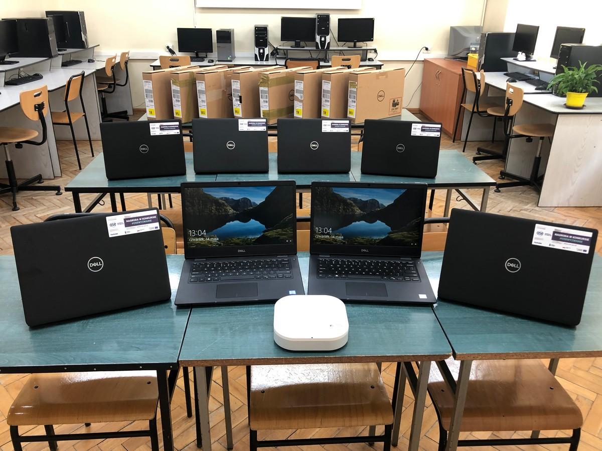 Mobilna pracownia multimedialna dla Szkoły Podstawowej nr 1 w Turku