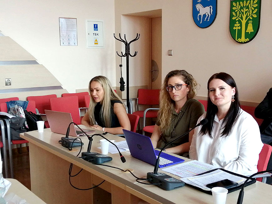 128 uczestników seminarium internetowego dla nauczycieli z Powiatu Tureckiego