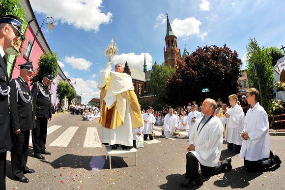 Tegoroczna uroczystość Bożego Ciała inna niż zwykle. Diecezja...