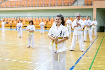 Egzamin karateków na stopnie szkoleniowe kyu