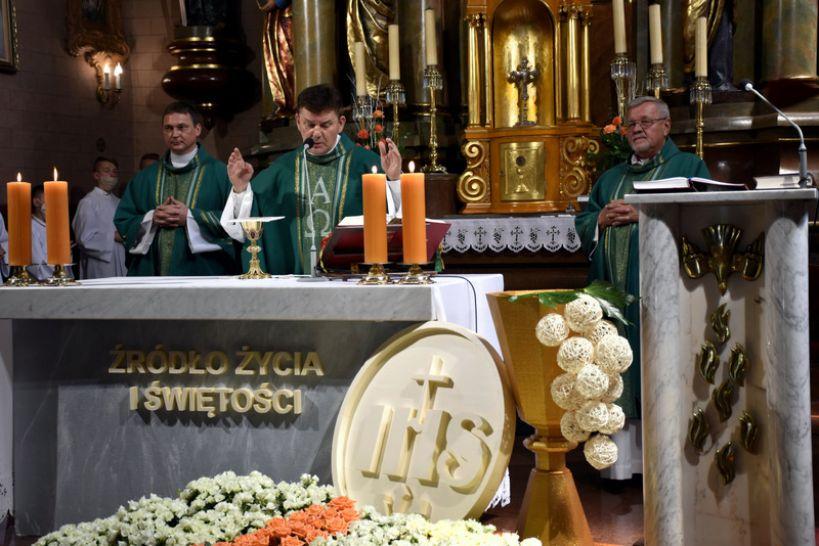 Pożegnanie duszpasterzy z parafii pw. Św. Michała Archanioła w Russocicach - fot. UG Władysławów