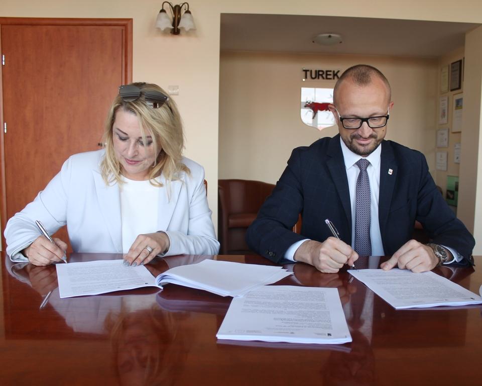 Umowa podpisana. Wkrótce rusza rewitalizacja parku miejskiego.