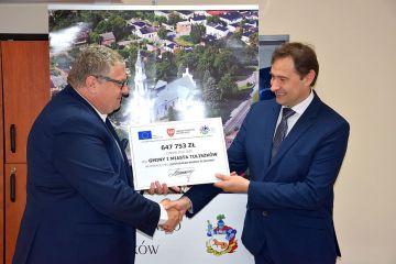 Umowa na przebudowę stacji uzdatniania wody w...