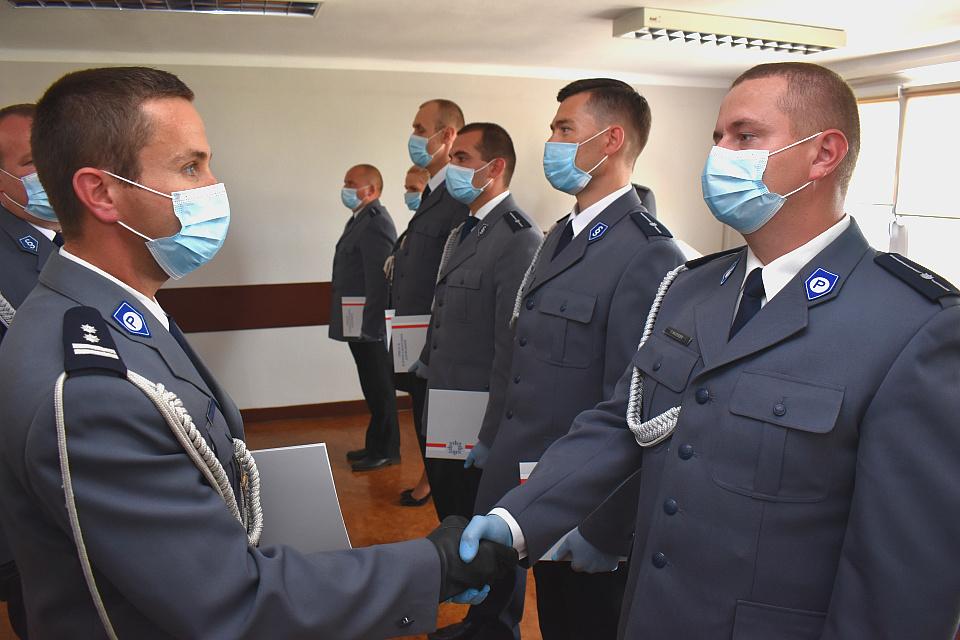 Powiatowe obchody Święta Policji. Były odznaczenia, awanse i podziękowania.