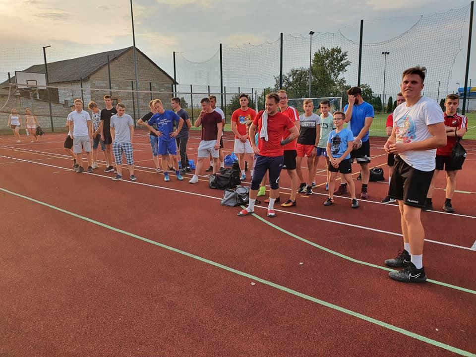 Turniej piłki nożnej w Smulsku. Zwyciężyli GOMBAO i Drink Team