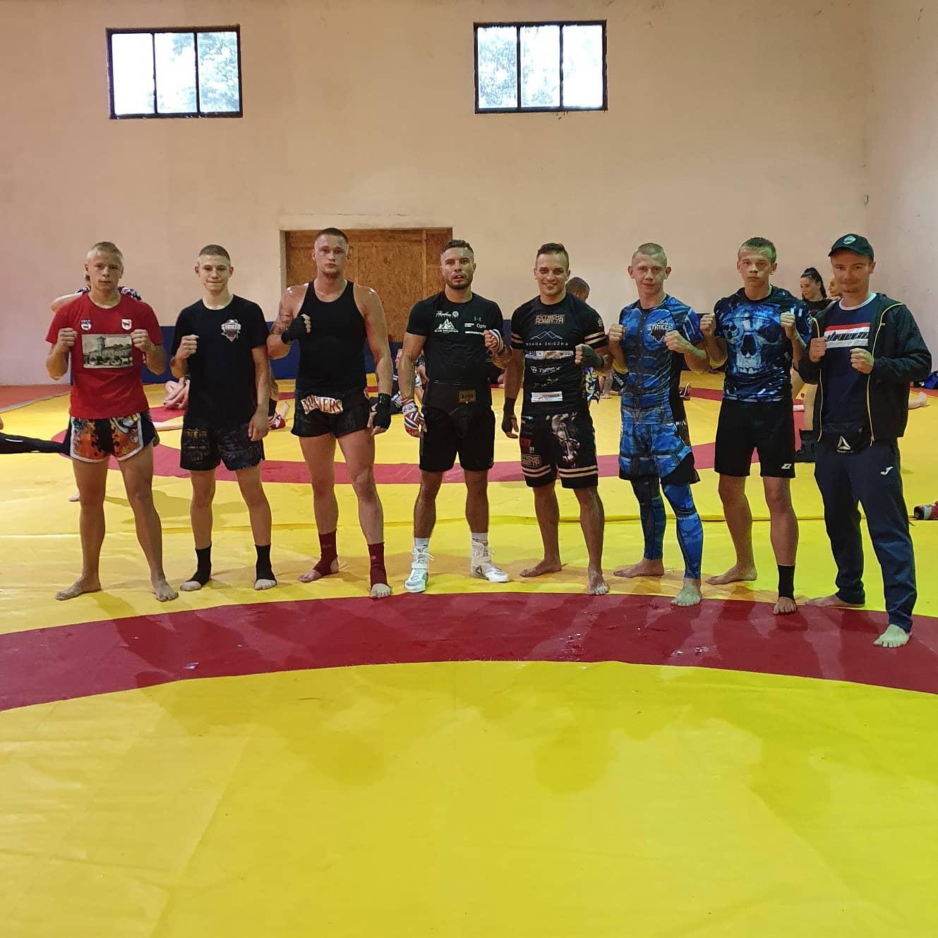 Zawodnicy z Klubu Striker w Karkonoszach