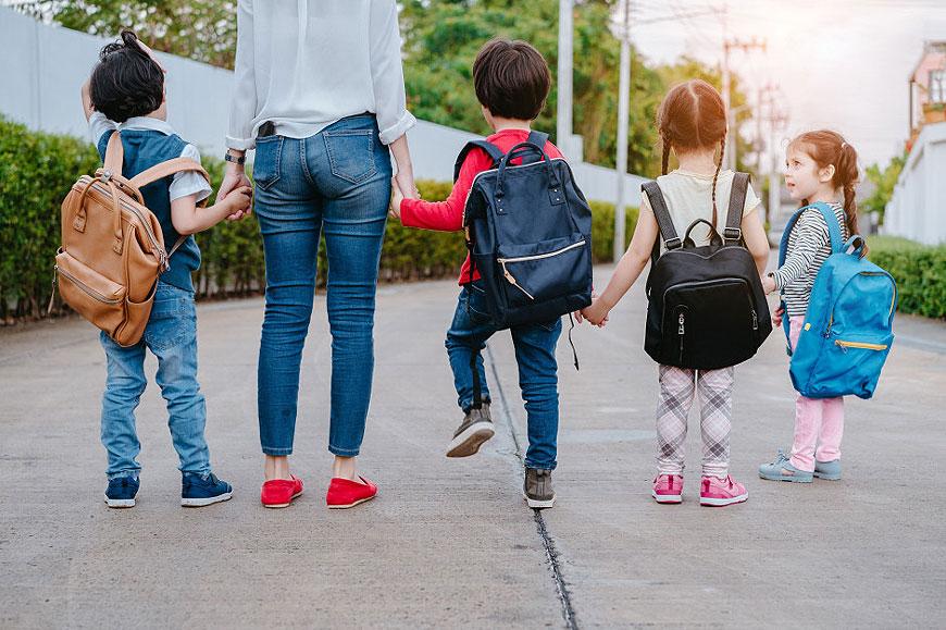 Czym warto wypełnić czas dziecku po szkole? Zestawienie ofert zajęć pozaszkolnych w Turku
