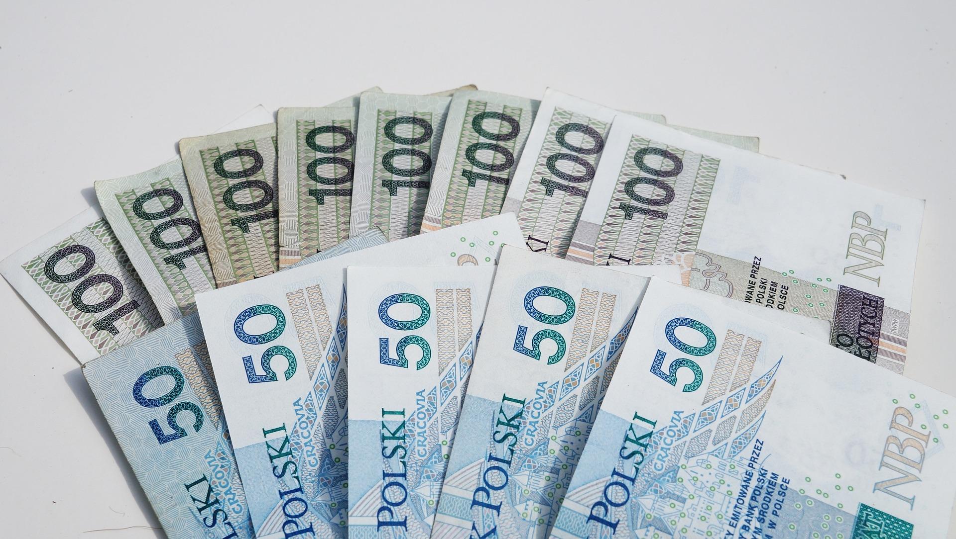 Najtańsze pożyczki gotówkowe - gdzie szukać?