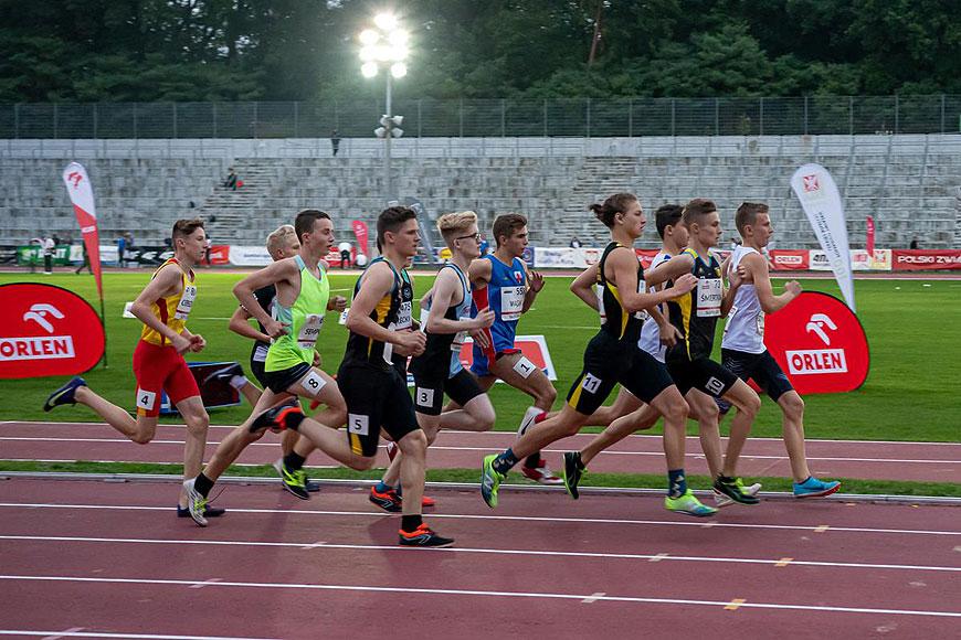 Mikołaj Wysocki z UKS Skoczek Władysławów na Mistrzostwa Polski U16