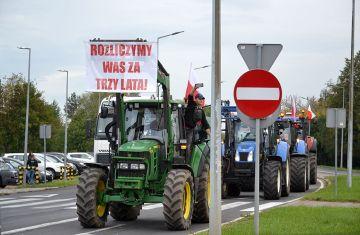 Wideo: Rolnicy blokowali obwodnice Turku....