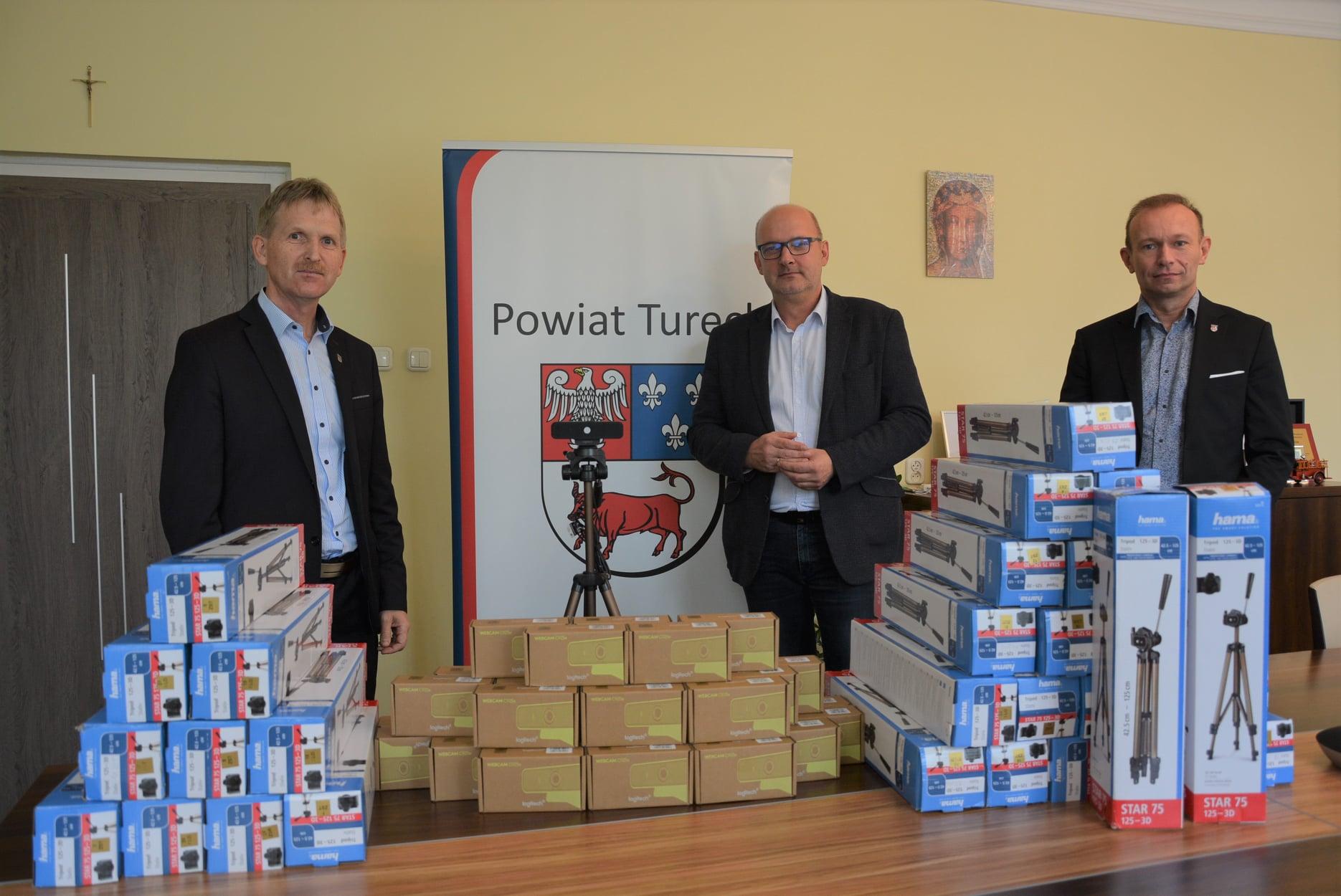 Kolejna inwestycja Powiatu Tureckiego w zdalną edukację