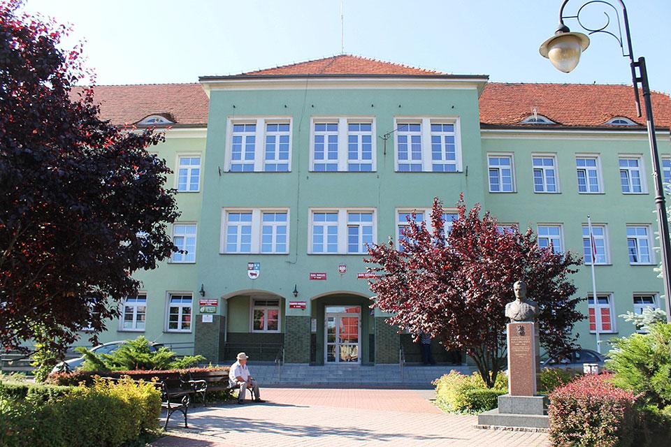 Urząd Miejski i Starostwo Powiatowe z ograniczonym dostępem dla mieszkańców