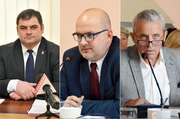Nadzwyczajna sesja Rady Powiatu. Seńko i Wojtkowiak dopytywali o...