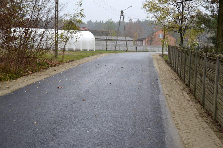 Inwestycje drogowe w gminie Malanów idą pełną parą