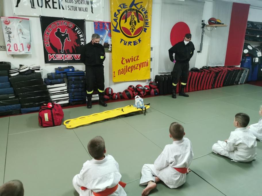 Zajęcia z pierwszej pomocy w Klubie Sportów i Sztuk Walk