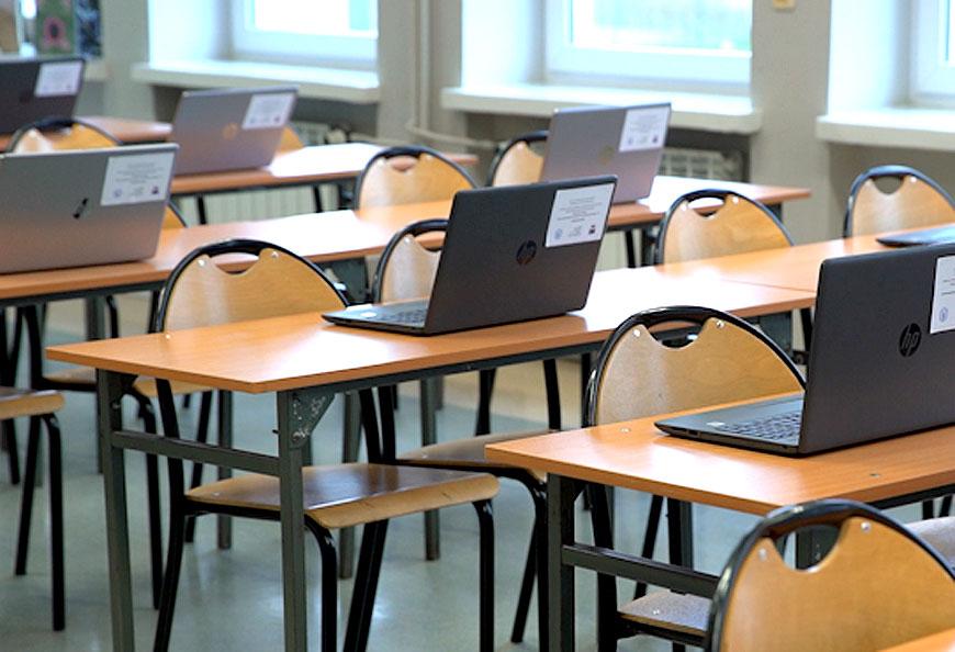 Kolejne inwestycje w powiatowych szkołach w ramach projektu WFOŚIGW