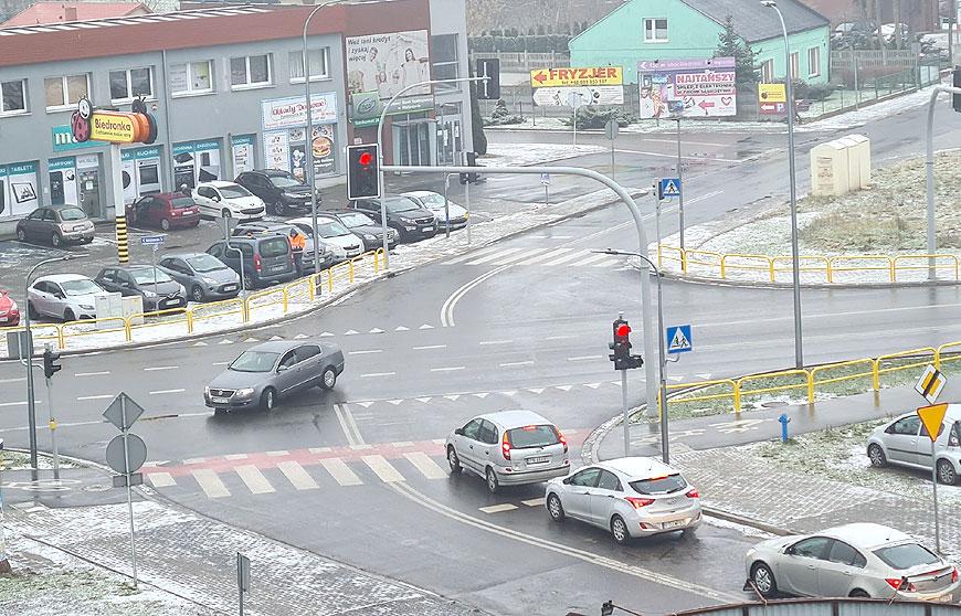 Aktualizacja. Internauci w szoku, kierowcy zdziwieni. Uruchomiono światła na Uniejowskiej! - fot. nadesłane przez Czytelnika