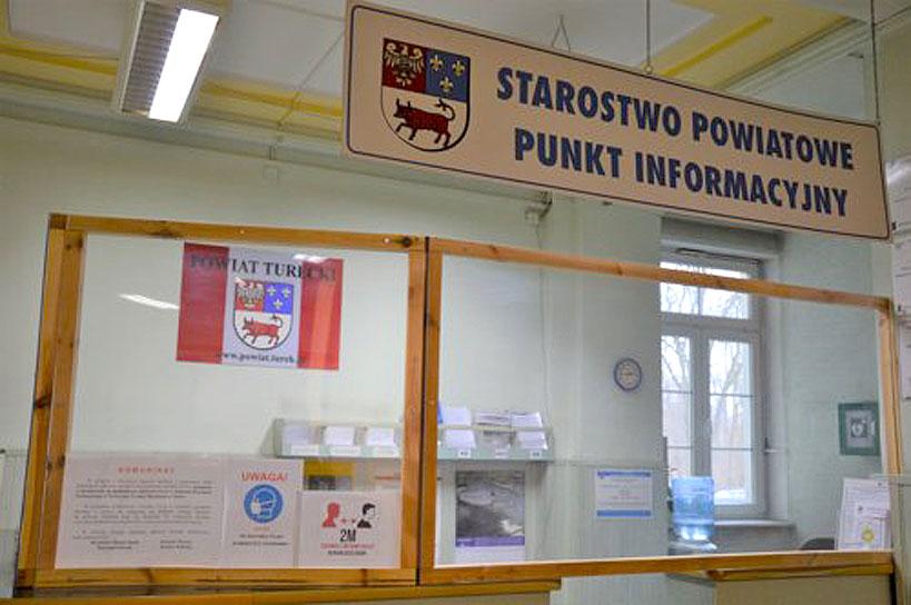 Punkt informacyjny w Starostwie Powiatowym w Turku ponownie do dyspozycji interesantów