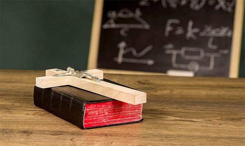 Blisko milion złotych na lekcje religii w szkołach średnich Powiatu Tureckiego