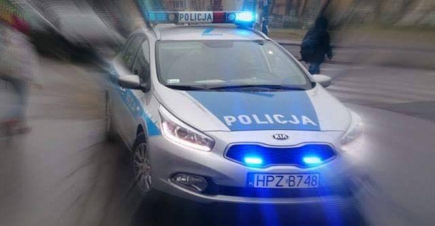 Policjanci z Tuliszkowa transportowali rodzącą kobietę