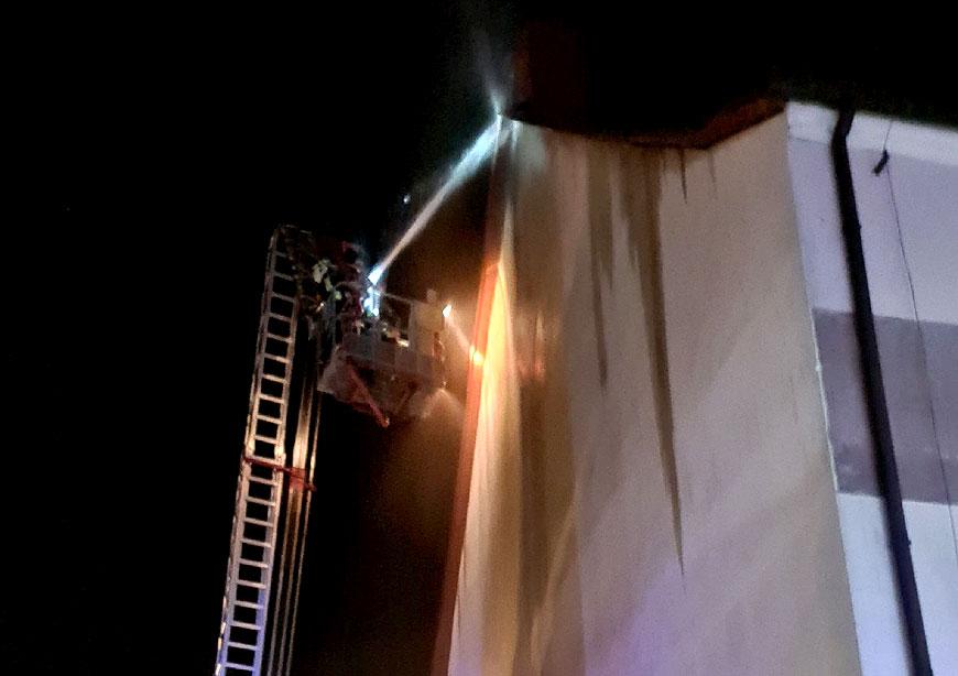 Pożar sadzy w kominie na Kolskiej Szosie. To kolejny incydent w przeciągu 3 miesięcy. - fot. OSP Turek