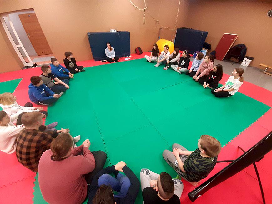 Zawodnicy UKS Judo Tuliszków rozpoczęli warsztaty z psychologiem