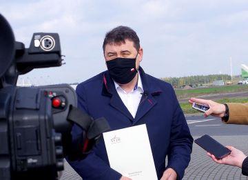 Wiceminister Bartosik pisze do marszałka...