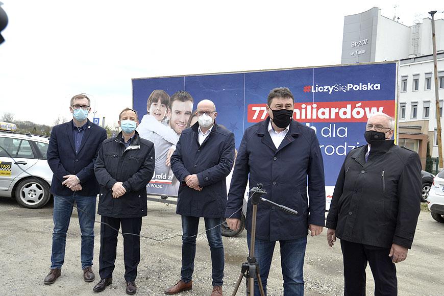 Wideo: Politycy PiS zaapelowali do opozycji o wsparcie Krajowego Planu Odbudowy