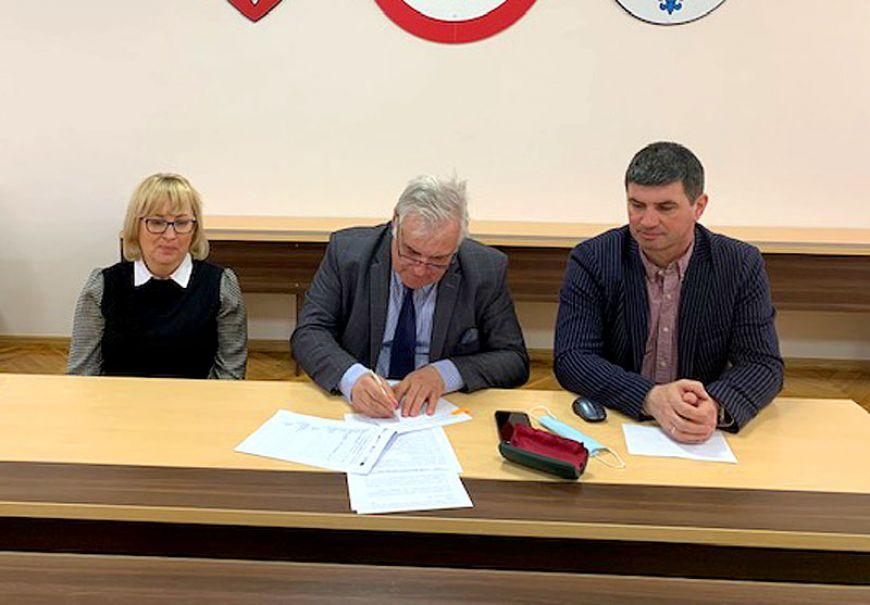 W Gminie Turek powstanie 351 instalacji fotowoltaicznych. Gmina podpisała umowę.