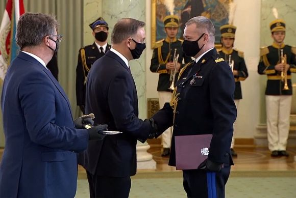 Arkadiusz Przybyła odebrał nominację generalską z rąk Prezydenta RP.