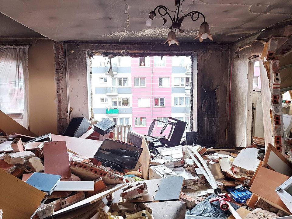 Ruszają prace na Wyszyńskiego. Podpisano umowę na remont zniszczonych po wybuchu gazu mieszkań.