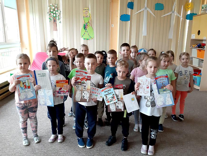 Maj miesiącem książki w Przedszkolu Samorządowym Nr 8 w Turku