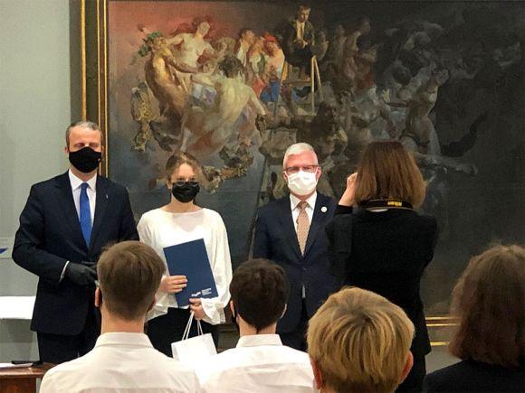 Uczennica ZS-P w Dobrej Martyna Milczarek w...