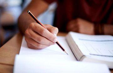 247 uczniów rozpoczęło egzamin ósmoklasisty w...