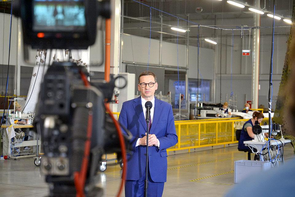 Wideo: Premier Mateusz Morawiecki z wizytą w Miranda Textiles