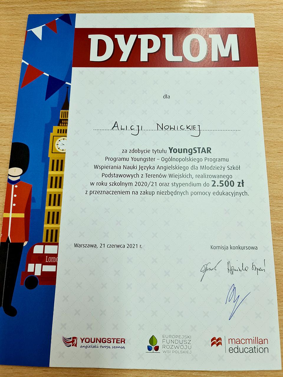 Sukces uczennicy ZSP Słodków w Konkursie Youngstar