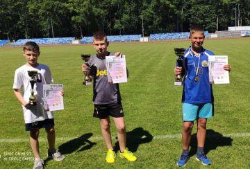 Złoty medal UKS Sprinter na Mistrzostwach Rejonu Konińskiego w Trójboju