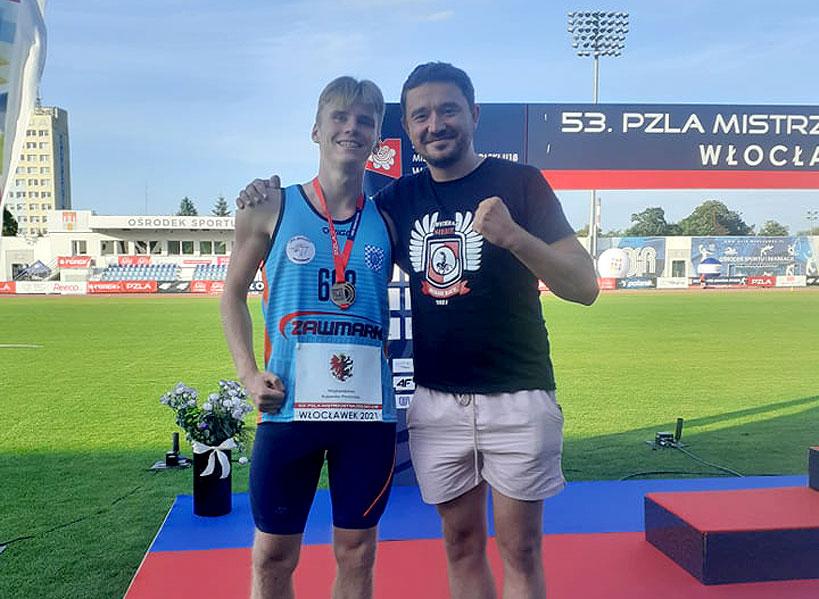 Jakub Milczuk z UKS Skoczek na podium w Mistrzostwach Polski U18. Dobry występ Mikołaja Wysockiego.