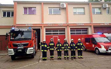 Strażacy z powiatu oddali hołd powstańcom. W...