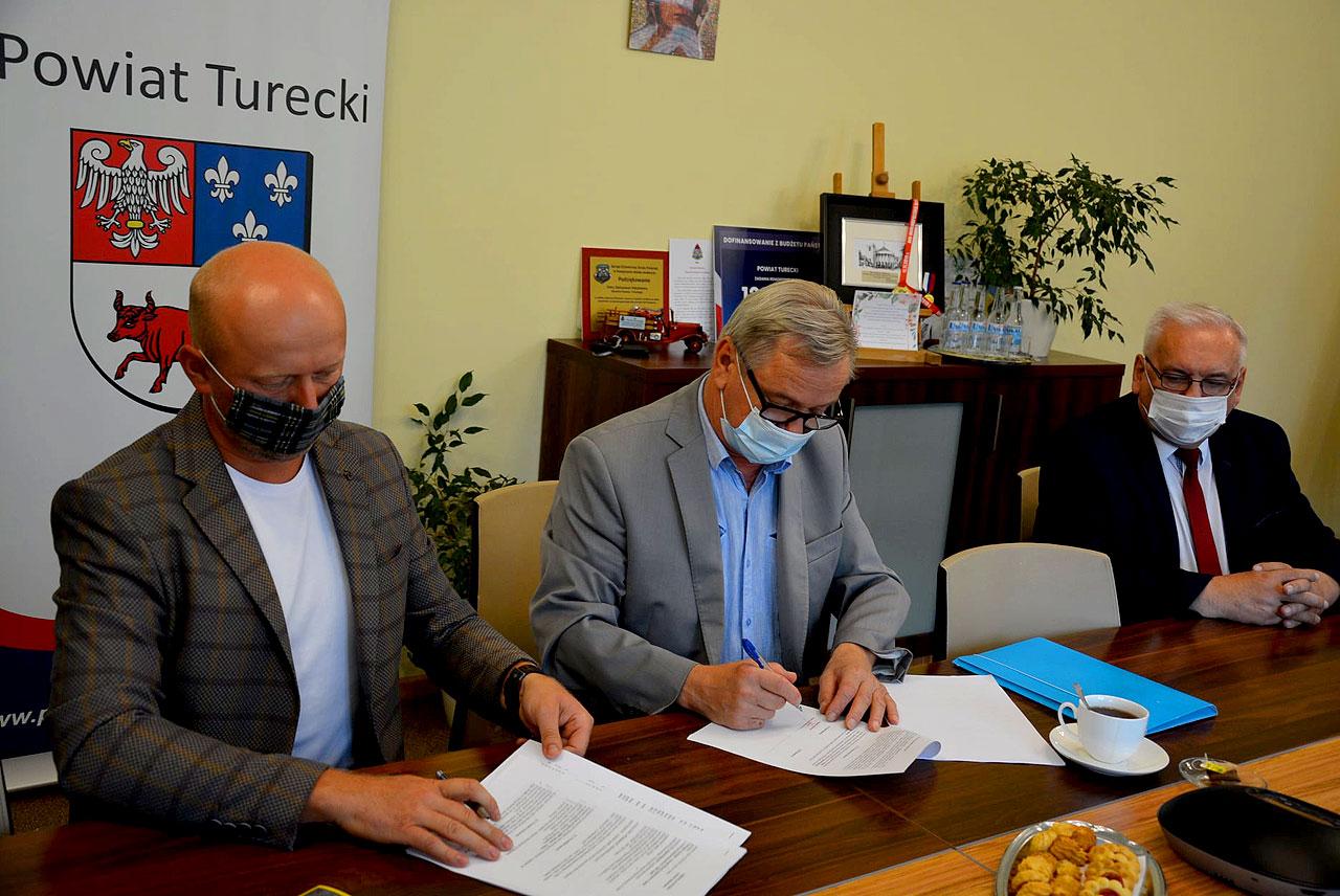 Ruszy remont kolejnego odcinka drogi powiatowej Malanów - Żdżary