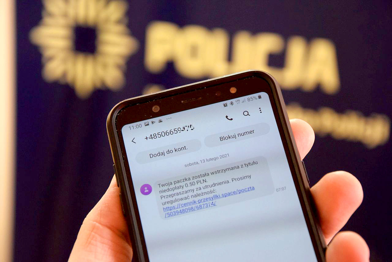 Dwie mieszkanki powiatu straciły 50 tys. zł. Uwaga na oszustwa SMSem