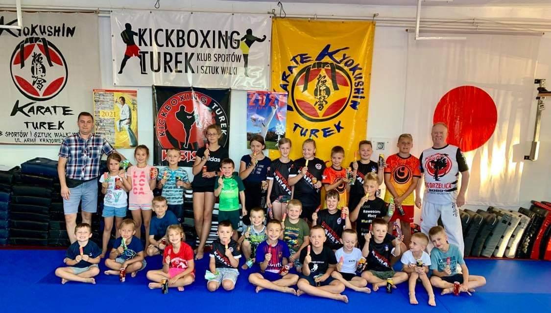 KSiSW zaprasza na wakacje z kickboxingiem