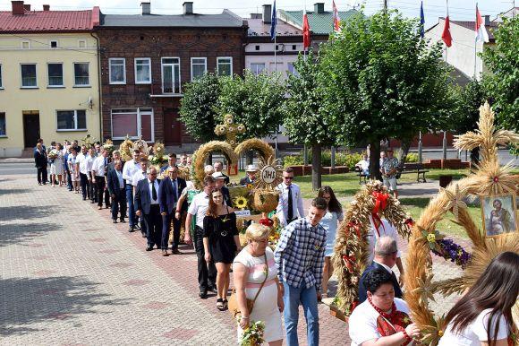Mieszkańcy gminy Dobra podziękowali za plony....