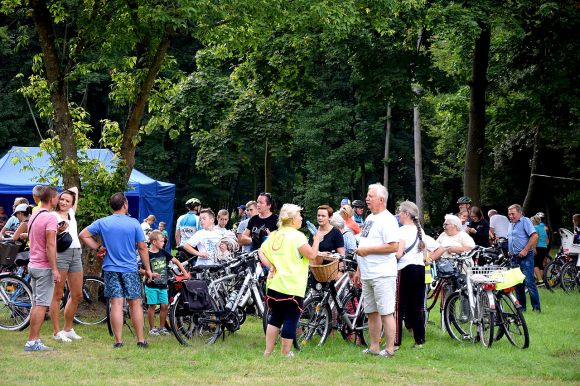 Rajd rowerowy i festyn w ramach akcji...