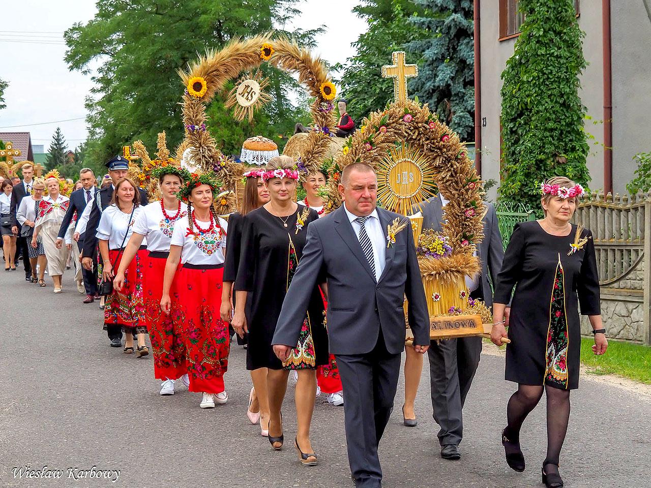 Gm. Turek: Rolnicy i ogrodnicy świętowali w Kalinowej
