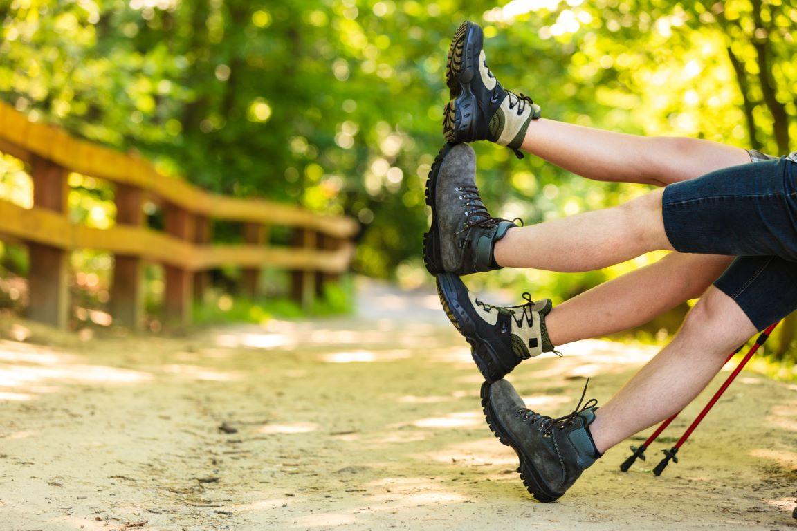 Co warto wiedzieć przed zakupem butów trekkingowych damskich?