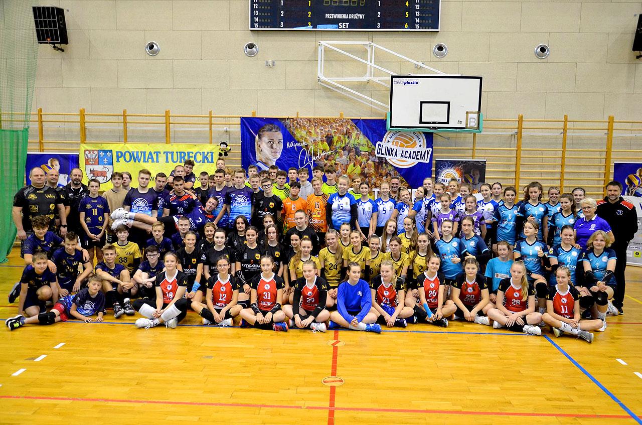 Turniej siatkarski KS Volley Turek na początek sezonu. Wygrywają FIX Volley Turek i UKS Victoria Lubowidz