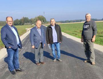 Nowa droga asfaltowa w Żdżarach poprawi...